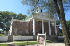 thumbs_rich-county-courthouse-pabon-photo